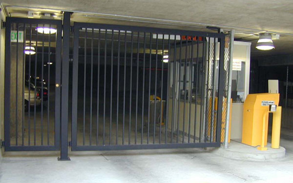 Automatic Single Swing Drive Gates Ornamental Iron Gallery 4