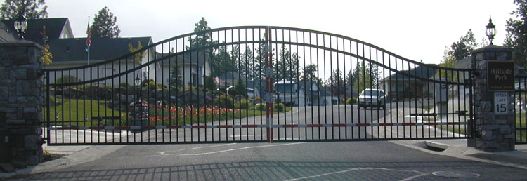 Double Drive Ornamental Iron Gates Spokane Gallery 1