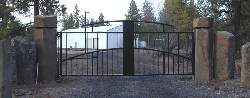 This unique design give this automatic gate a ultra modern feel